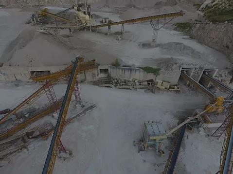 vista drone su cava